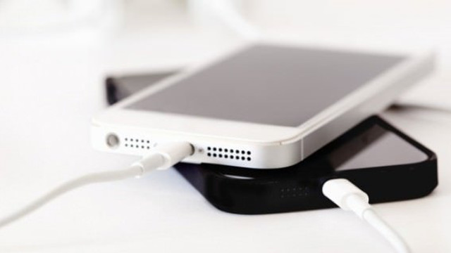iPhone'ların şarjı değişecek mi?