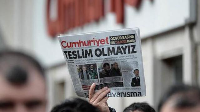 Cumhuriyet davasında Murat Sabuncu ve Ahmet Şık'a tahliye kararı