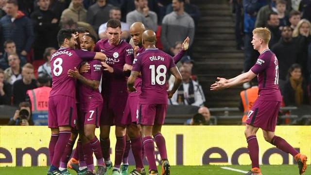 Premier Lig'de şampiyon Manchester City !