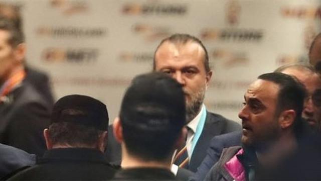 Galatasaray - Başakşehir maçında koridor karıştı