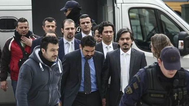 Yunan Bakan: 8 darbeci asker serbest kalacak