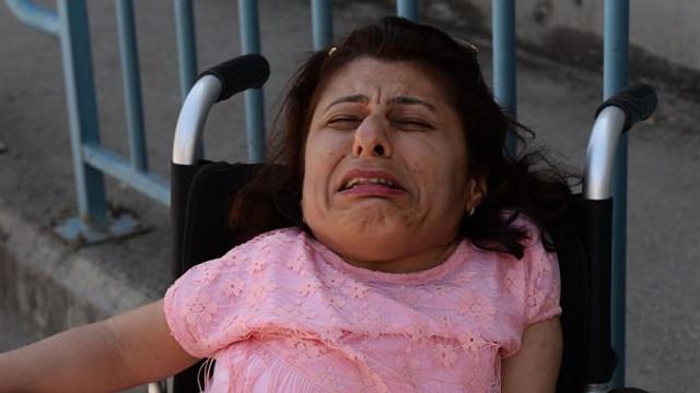 Cep telefonu çalınan engelli kadın gözyaşlarına boğuldu
