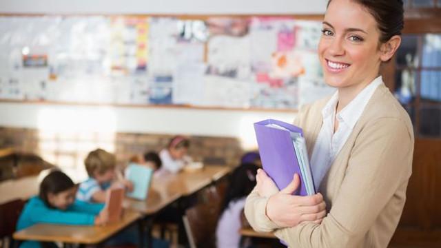 Öğretmenlerin ek ücretleri neden yatmıyor ?
