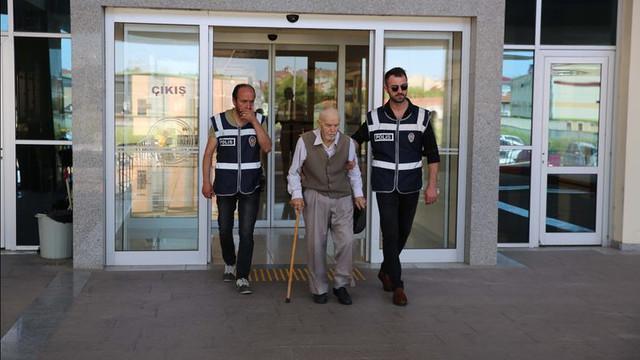 81 yaşında eş katili oldu