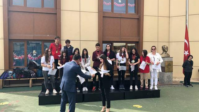World Scholar's Cup 2018 Turnuvası'nda Avrupa Sınav Koleji Rüzgarı