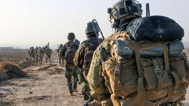 Esad Fransız askerlerini sorguladı !