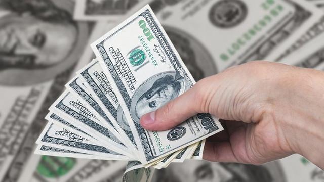 Dolar, euro ve sterlin rekor tazeledi