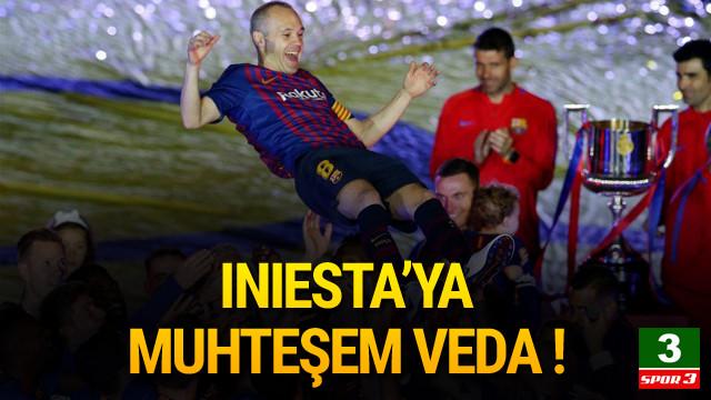 Iniesta'dan duygusal veda !