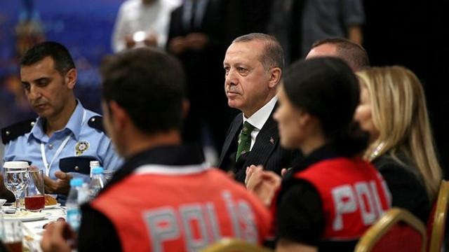 Cumhurbaşkanı Erdoğan polislere müjdeyi verdi