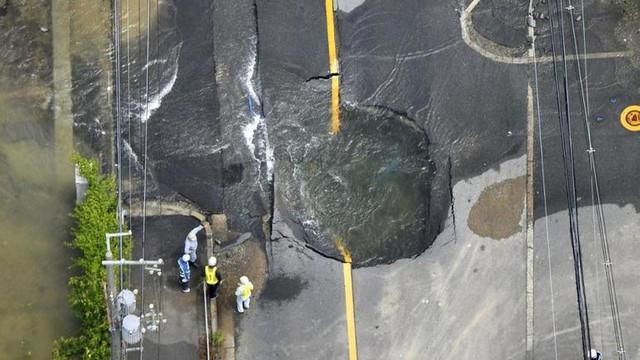 Japonya'da deprem! Ölü ve yaralılar var