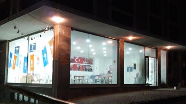 AK Parti seçim irtibat bürosuna saldırı