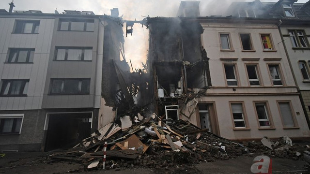 Almanya'da patlama: 25 kişi yaralandı