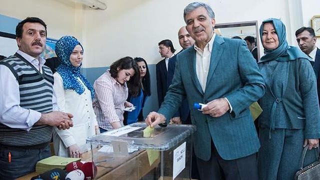 Eski AK Partili vekil: ''Abdullah Gül ile sonuca ulaşılabilirdi''