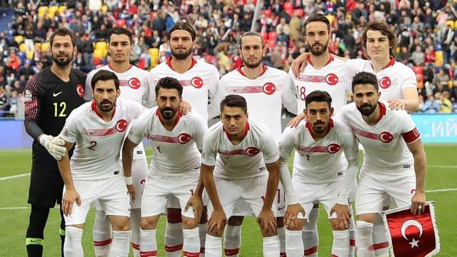 Milli Takım, FIFA sıralamasında geriledi !