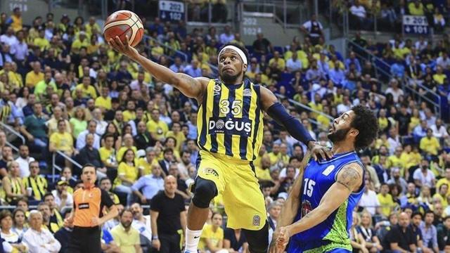 Fenerbahçe Doğuş şampiyonluğa yürüyor !