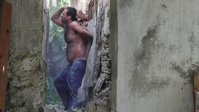 Polis arkadan duvarı kırarak böyle yakaladı