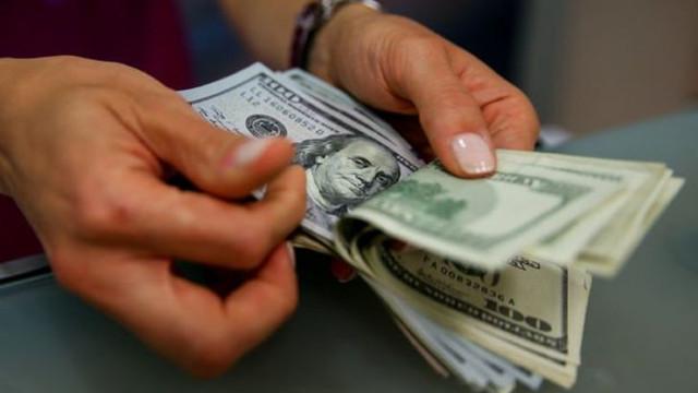 4,97 ile rekor kıran dolar yönünü aşağı çevirdi