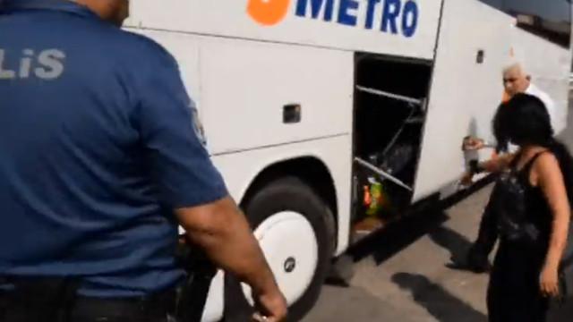 Şehirler arası otobüste kadın yolcuya büyük şok