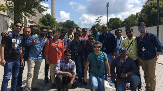 İstanbul'u Hintliler bastı ! Böyle harcıyorlar