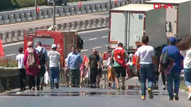 15 Temmuz Şehitler Köprüsü'ne yürüyüş başladı