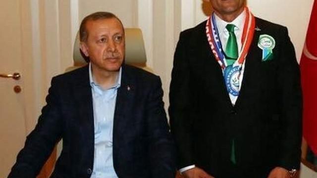 FETÖ'den gözaltına alınmıştı; Erdoğan ile fotoğrafı çktı