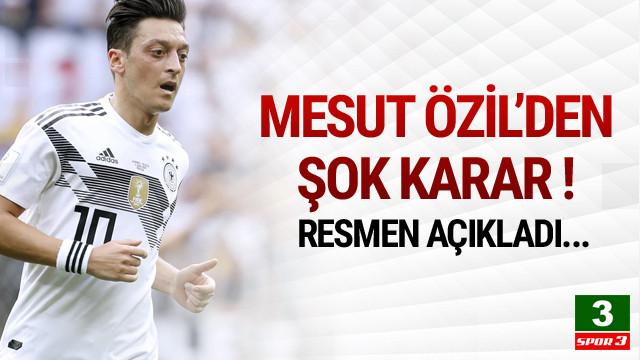 Mesut Özil Milli Takımı bıraktı !