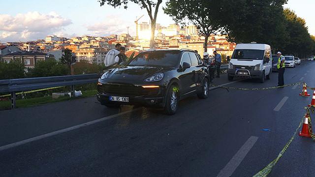 İstanbul'da 'Dur' ihtarına uymayan lüks araçtakilerle çatışma