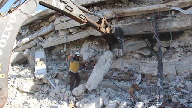 İdlib'de büyük patlama: Onlarca ölü ve yaralı var