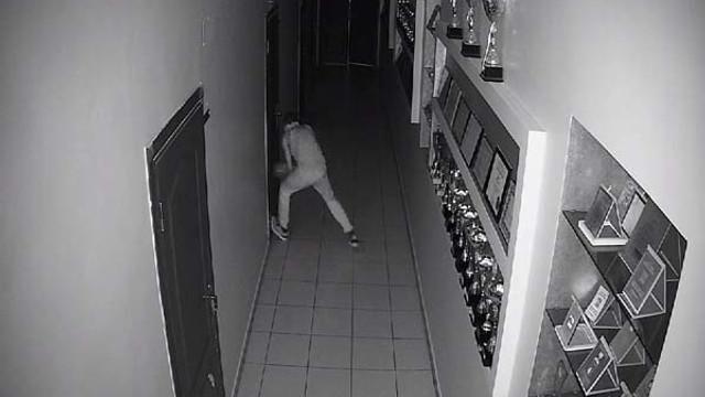 Hırsızın bahanesi ''pes'' dedirtti !