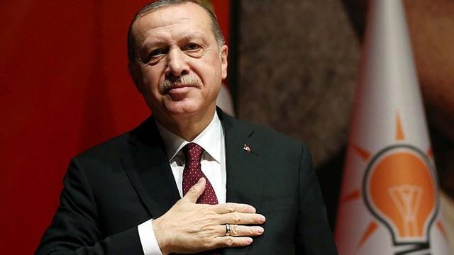 AK Parti'de Erdoğan yeniden genel başkan