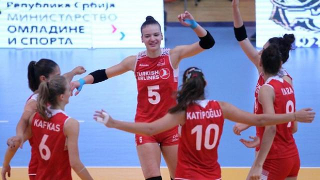 Milliler Balkan Şampiyonası'nda yarı finalde !