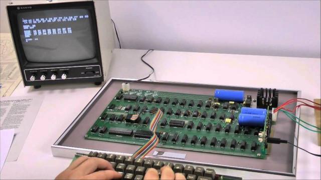 Apple'ın ürettiği ilk bilgisayar Apple-1, açık artırmayla satışa sunuluyor