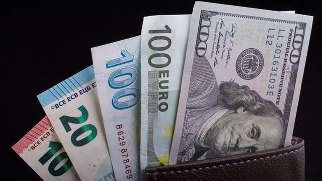Dolar/TL yeniden 5.30'u aştı