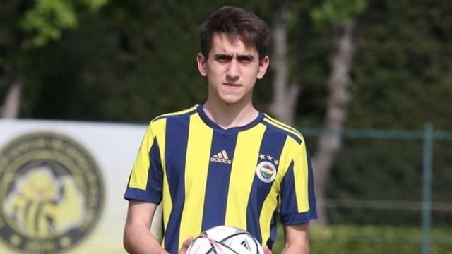 Fenerbahçe'nin yıldız adayı top toplayıcı oldu