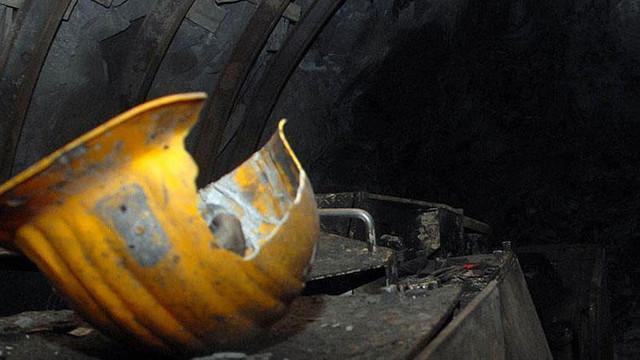 Maden ocağında göçük: 21 ölü