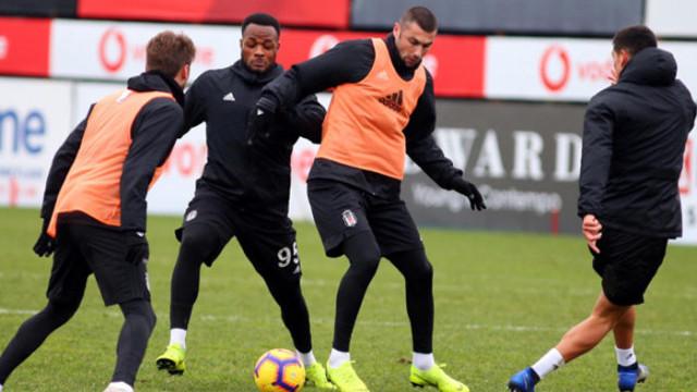 Burak Yılmaz Beşiktaş'ta 71 numaraları formayı giyecek