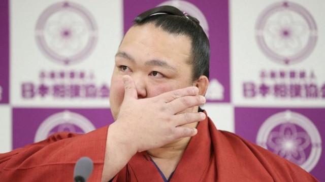 Japonya'nın son büyük şampiyonu Kisenosota'dan gözü yaşlı veda