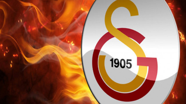 Galatasaray'dan Emre Çolak ve forvet transferi açıklaması