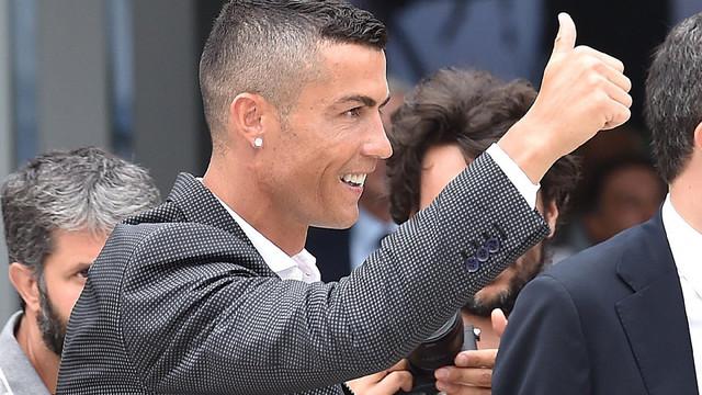 Cristiano Ronaldo'ya hapis ve para cezası