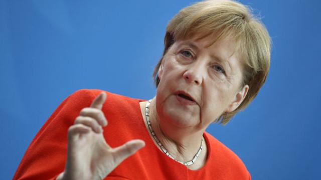 Merkel'den Avrupa Ordusu açıklaması