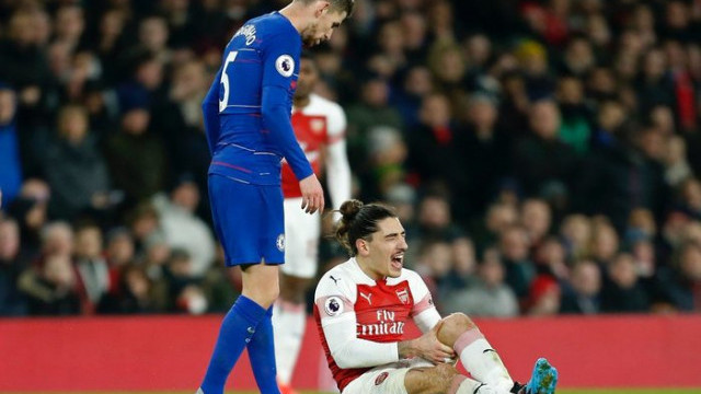 Arsenal'da Hector Bellerin 9 ay yok