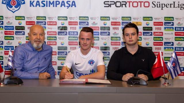 Kasımpaşa Tobias Heintz ve Azad Toptik ile sözleşme imzaladı
