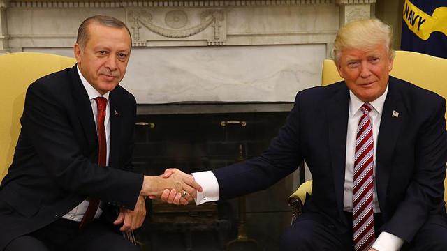 Can  Ataklı'dan ilginç yorum: Erdoğan gitmesin, Trump gelsin