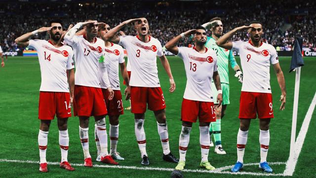 Türkiye Fransa'dan lider dönüyor ! Maç sonucu: 1-1