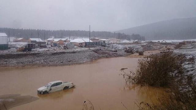 Rusya'da baraj çöktü: Çok sayıda ölü var
