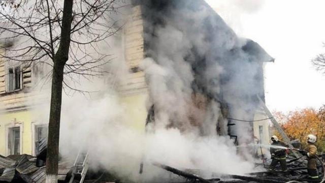 Rusya'da gizemli yangın: 6'sı çocuk 7 kişi ölü