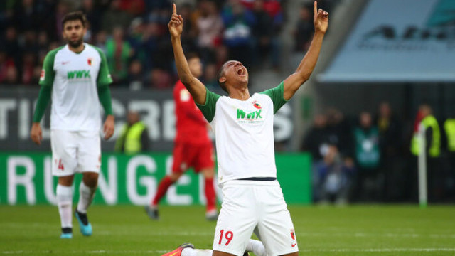 Augsburg 2 - 2 Bayern Münih