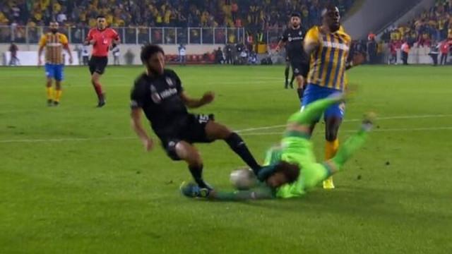 Ankaragücü-Beşiktaş maçında Elneny ile Korcan'ın pozisyonu tartışma yarattı