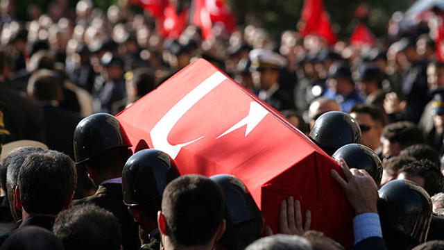 Barış Pınarı Harekatı'nda kahreden haber: 1asker şehit