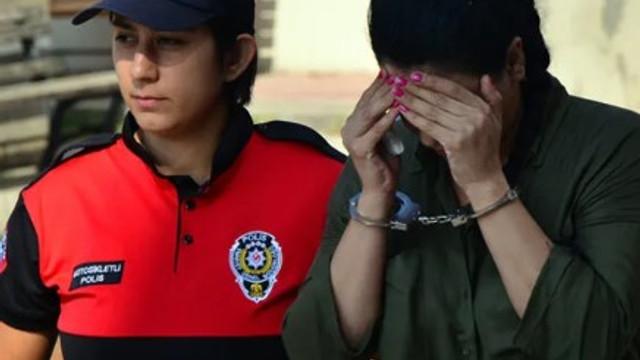 Fuhuş çetesi çökertildi: 54 kişi gözaltında